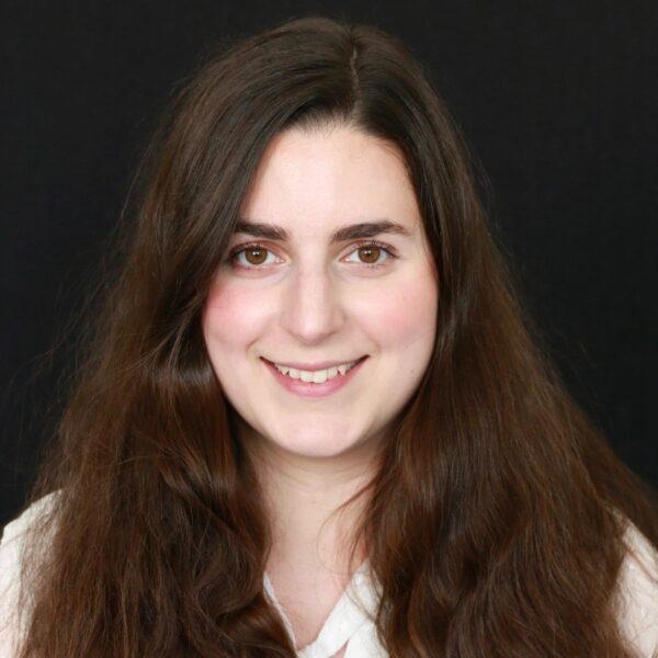 Anna Nahangi